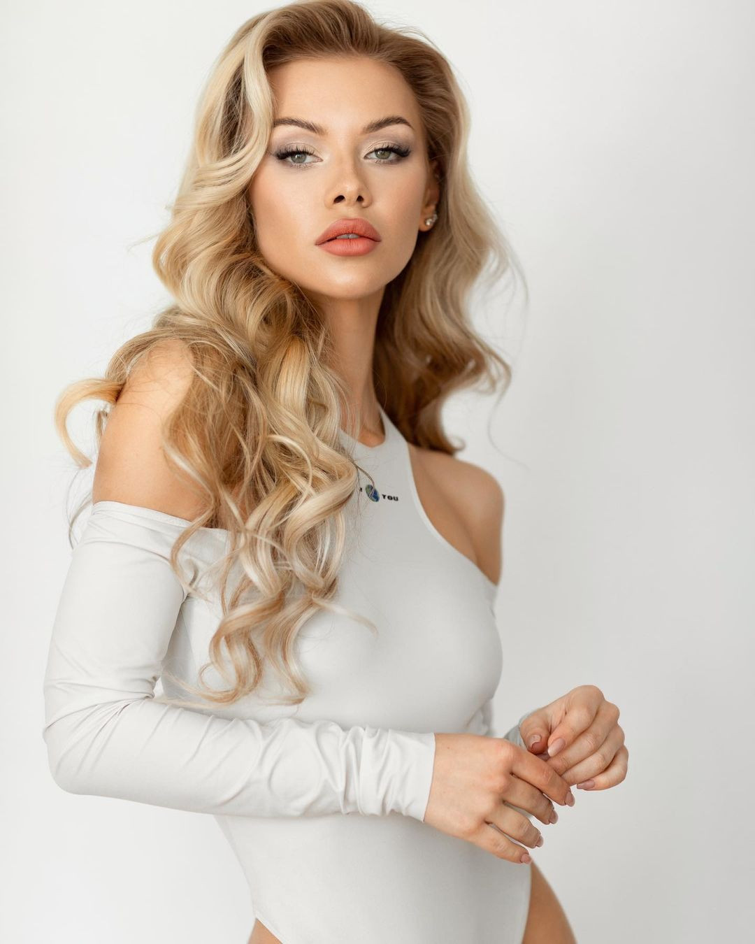 candidatas a miss universe ukraine 2021. final: 15 oct. - Página 2 5f1xUP