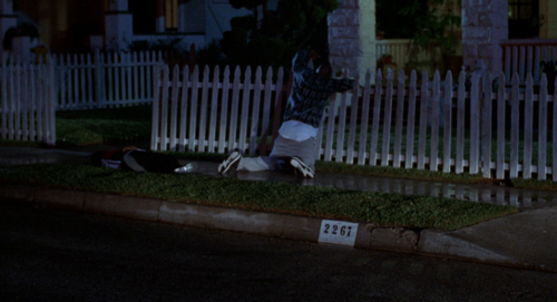 Tales from the Hood 1995 720p BluRay AAC2.0 x264 DON.mkv.1:13:09.png