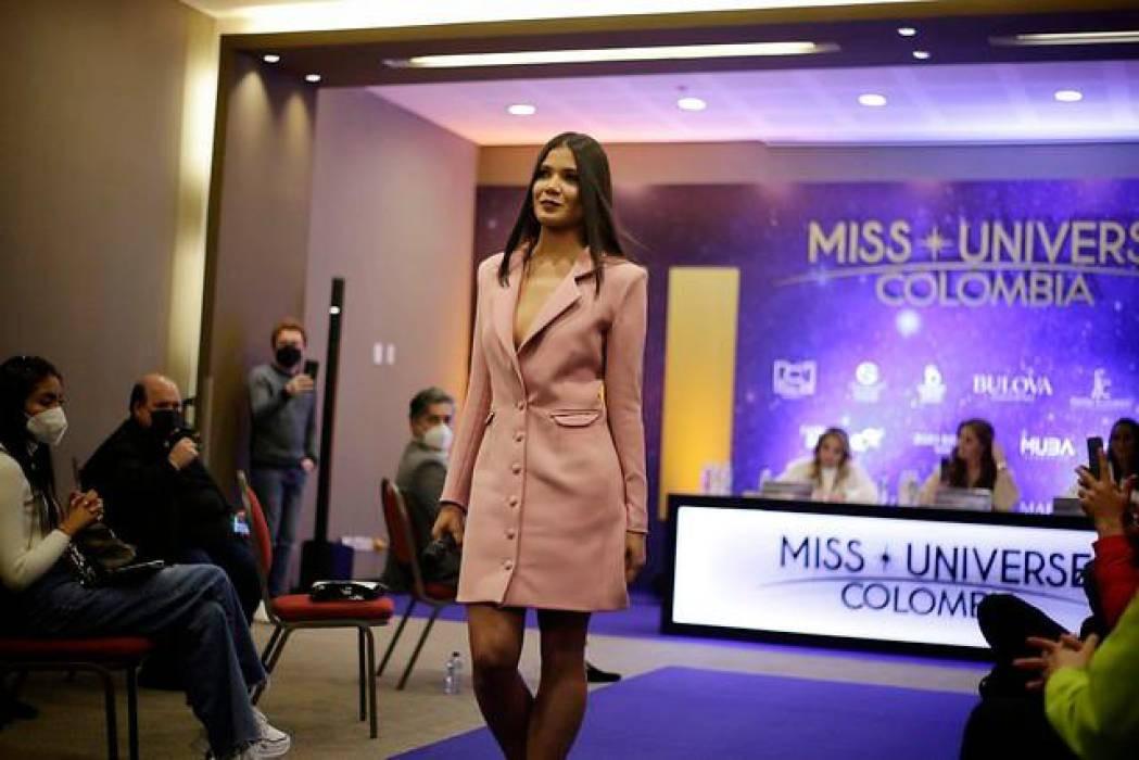 Arrancaron las primeras pruebas para Miss Universe Colombia 2021 AEv8Na