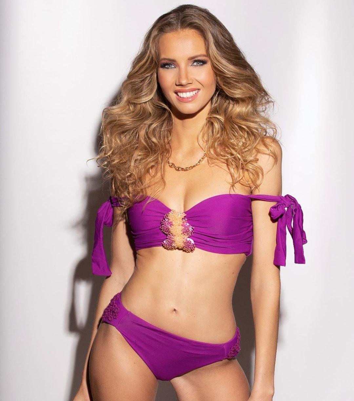miss universe france 2020 de bikini violeta. BK8LKb