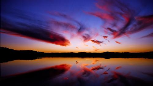 sky reflections 1366x768.jpg