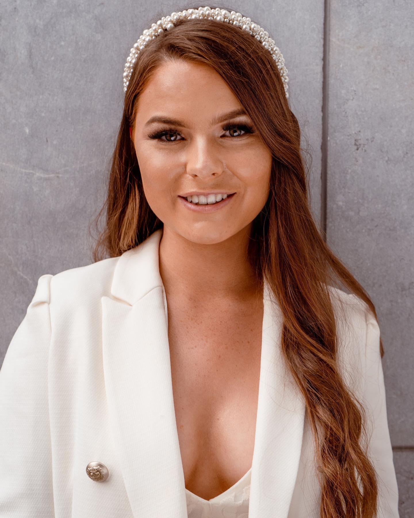 candidatas a miss earth ireland 2021. final: 27 de agosto. R0bdS2