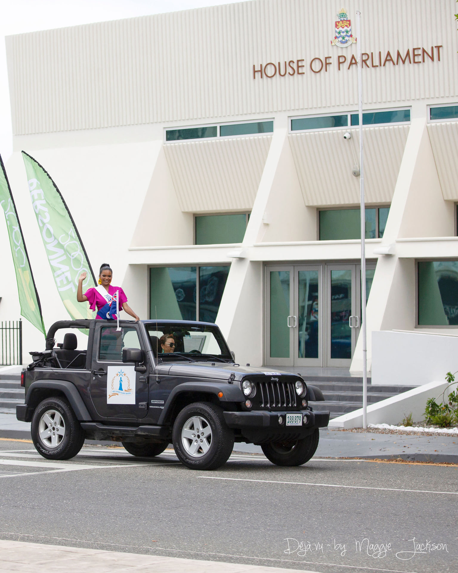 candidatas a miss universe cayman islands 2021. final: ? - Página 3 Rkf2cX