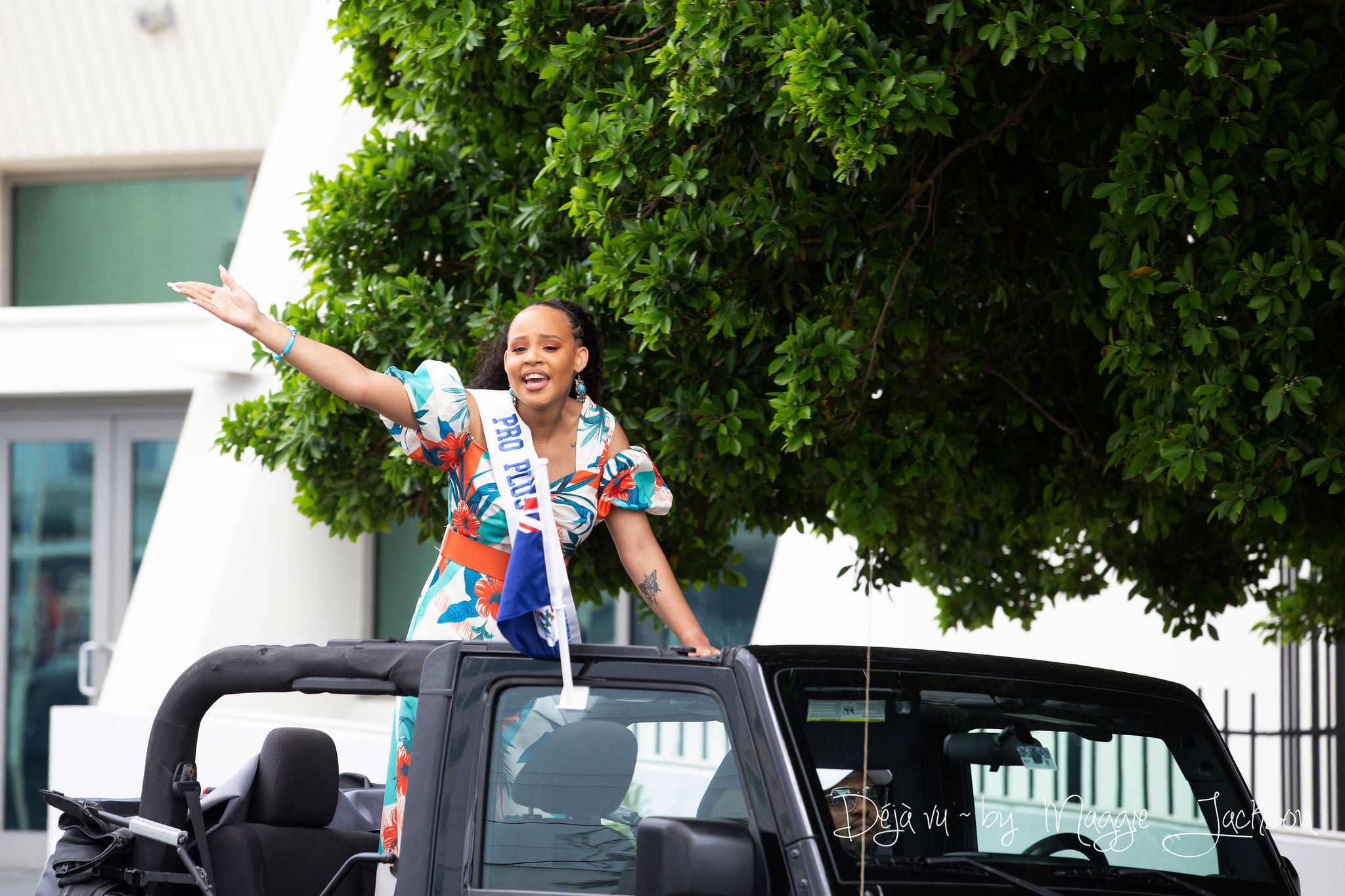 candidatas a miss universe cayman islands 2021. final: ? - Página 3 RkfGl1